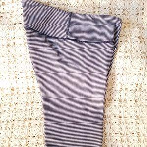 lululemon athletica Pants - LULULEMON LEGGING